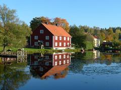Höst vid Dammen vid Brevens Bruk 2011-09-29 (Torgil Jarnling) Tags: reflections dammen höst vid bruk brevens 20110929