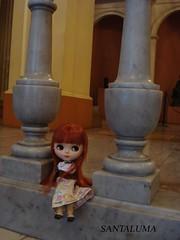 Aisha posando no Museu de Arte Moderna!!