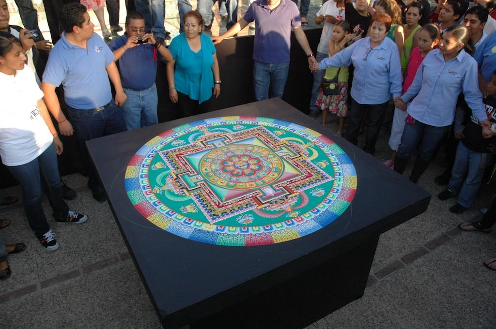 """Finalizan """"Las artes místicas del Tíbet"""" con enseñanzas para la paz, música y danzas para la sanación mundial"""