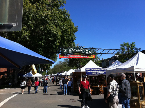 Pleasanton Antique & Collectable Faire