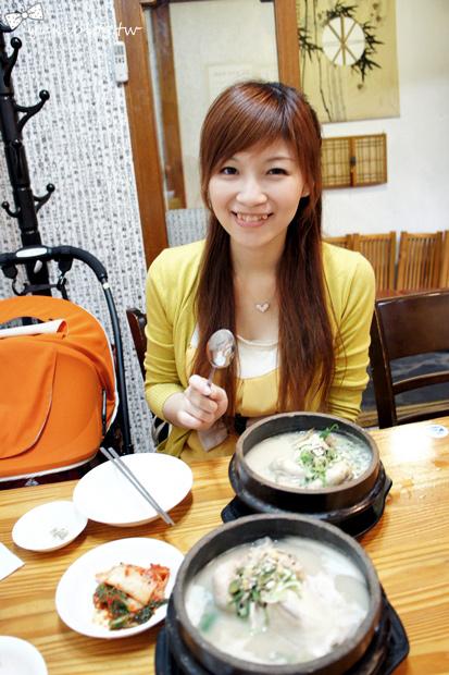 韓國首爾自由行【土俗村蔘雞湯】好香好濃‧韓國必吃❤ 讚!(新增2014照片)