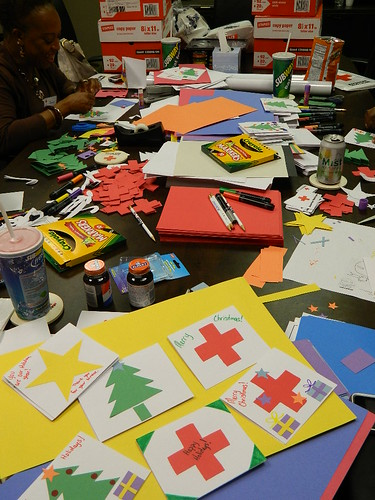 Holiday Mail for Heroes 2011 - red cross chat