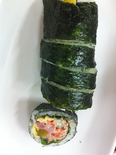 참치 김밥 -  Tuna Kimbap by kiki5253