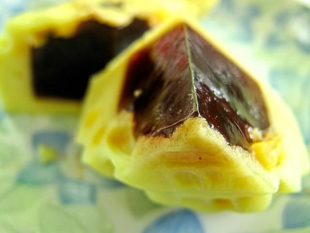 IMG_0149 Corn agar-agar with gula melaka filling , 粟米椰糖燕菜月饼