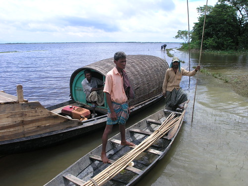 Small-scale fisheries, Bangladesh, photo by Jamie Oliver, 2007