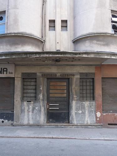 Edificio Cerrito, Montevideo