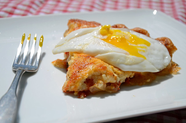 tomato pie + runny egg