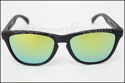 Frogskins with signature (2)