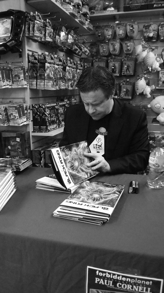 Paul Cornell signing at Forbidden Planet Edinburgh 01