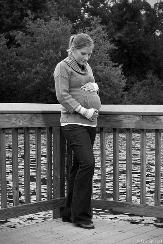 6175681418 35567e49d5 Maternity Portrait Session: Mike & Naomi | Walney Pond