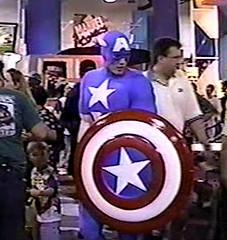 1996-Comic Fan as Captain America at SDCC-03 (David Cummings62) Tags: california sandiego fans marvel comiccon captainamerica con marvelcomics davidcummings davecummings davidcummingsphotos davecummingsphotos