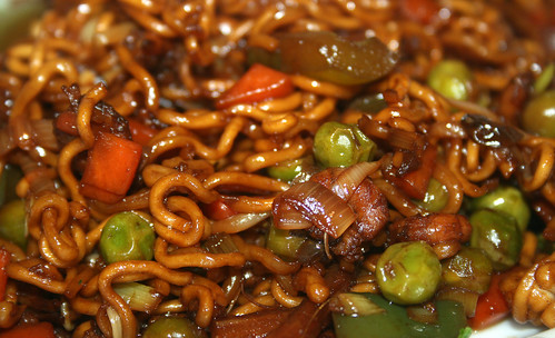 38 - Fried asia shrimps noodles - CloseUp