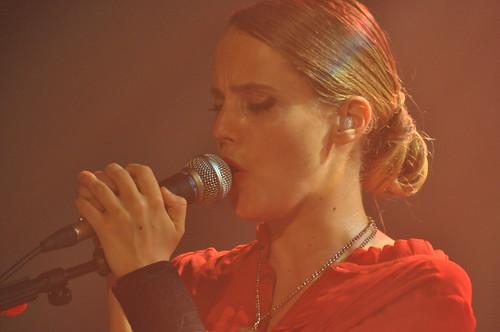 Anna Calvi by Pirlouiiiit 24092011