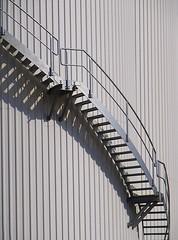 Treppe - Nordische lwerke (Andreas Meese) Tags: industry stairs hamburg cx treppe oil industrie ricoh wilhelmsburg oel cx3 nordische lwerke