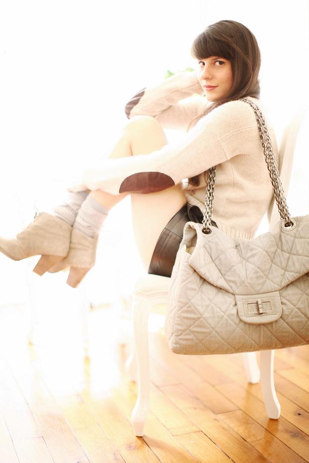 Beige & Grey 01