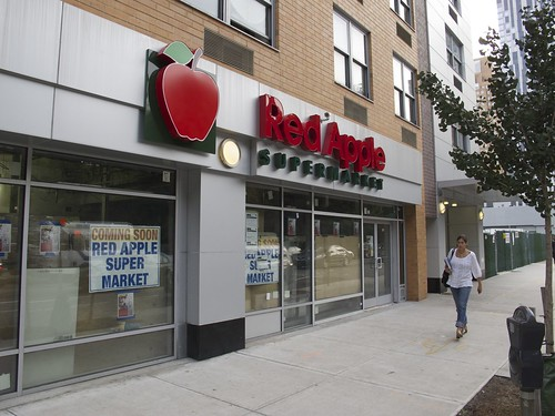 Red Apple Supermarket