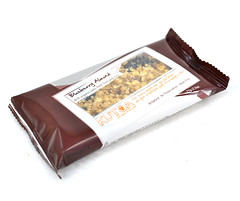 "Kutoa Blueberry Almond Bar • <a style=""font-size:0.8em;"" href=""http://www.flickr.com/photos/67969879@N07/6193127357/"" target=""_blank"">View on Flickr</a>"