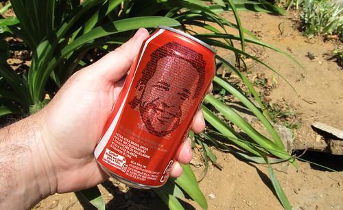 Coca-Cola lata Tião Santos Cada Garrafa tem Uma Historia set 2011 Minas Gerais by roitberg