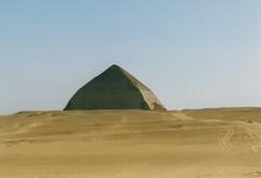 Dahshur, Sneferu's Bent pyramid (Arian Zwegers) Tags: dahshur sneferu egypt bentpyramid pyramid unescoworldheritagelist unescoworldheritage unesco worldheritagelist worldheritage heritage worldheritagesite 1998
