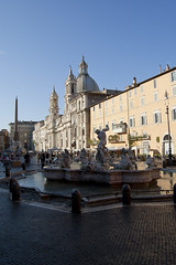 "fontana del Nettuno, piazza Navona • <a style=""font-size:0.8em;"" href=""http://www.flickr.com/photos/89679026@N00/6204021449/"" target=""_blank"">View on Flickr</a>"