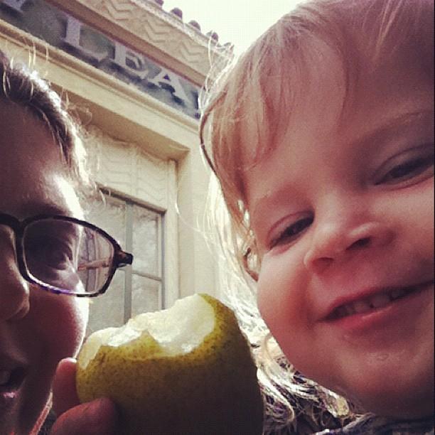 Pear share