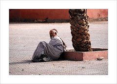 (cezzar1981) Tags: portrait oldman marrakech medina marrakesh portret marokko djemaaelfna digitalcameraclub مراكش almaġrib المغرب