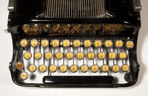 Perkeo typewriter