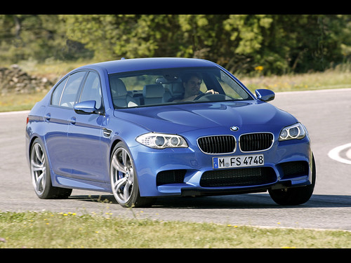 2012 BMW M5 VIDEO REVIEW /2013 BMW M5review  The all-new BMW M5 produces a mind-numbing 552bhp from its twin-turbocharged V8 engine. That's enough to launch the 1870kg super-saloon to 62mph in just 4.5 sec and on to a top speed of 190mph when coupled with