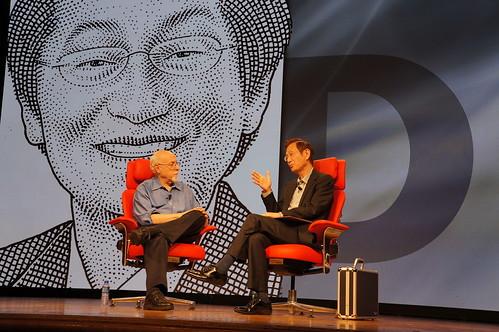 華碩電腦董事長施崇棠今早(20)與Walt Mossberg在AllThingsD科技研討會中展開精彩對談
