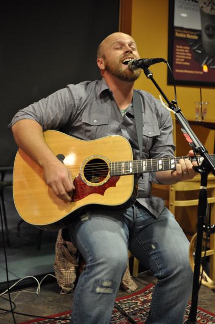 taylor singing