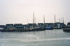 141 11.1.1997 Gouwzee e.o. (2) Marken (rspeur) Tags: winter countryside thenetherlands marken gouwzee