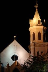 夜の元町カトリック教会 (2)