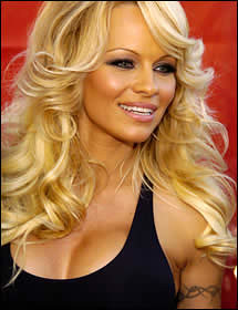 Pamela Anderson Hot scene Pictures 5