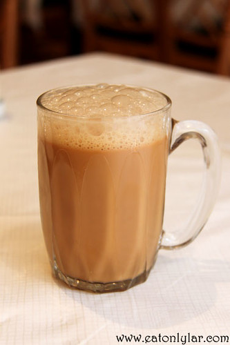 Teh Tarik (tea with condensed milk), Tuk Din Restaurant