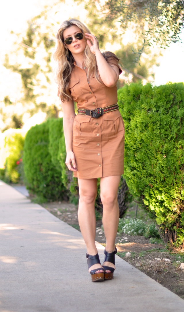 brown military dress with vintage belt and aviators