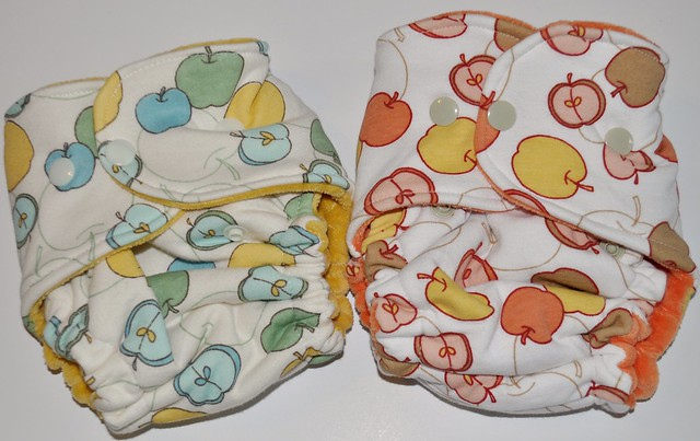 Bumstoppers Small Retro apples CV set of 2