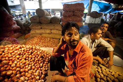 mandi_azadpur_subzi_market_13