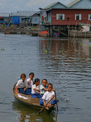 Cambodian children, photo by Jamie Oliver, 2008