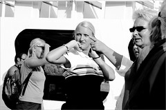 reps (Dimitra ) Tags: street people blackandwhite bw pose photography candid streetphotography documentary poses lyric revelations photoswithoutarabbit candidrevelations lyricdocumentary hardcorerawstreet posesinternas streetphotographycommunity hardcorestreetphotographyenfranais