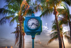 BEACH TIME (ROB HARTLEY 1) Tags: vacation sky clock palms time touristdestination timetorelax timeforavacation fortmyerspierclock