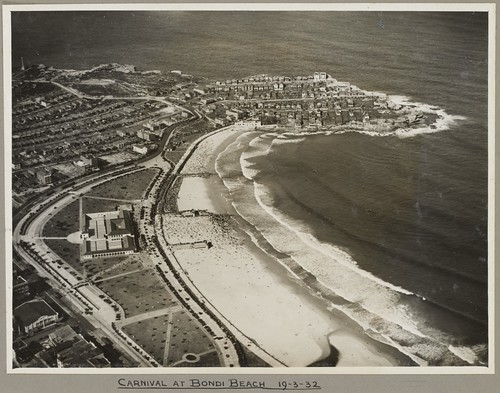 Carnival at Bondi Beach, Sydney, 19 March 1932