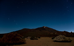 El Teide (lighthunter09) Tags: africa longexposure travel mountain horizontal night stars star spain nikon african trails mount tenerife elteide 2040mm d700