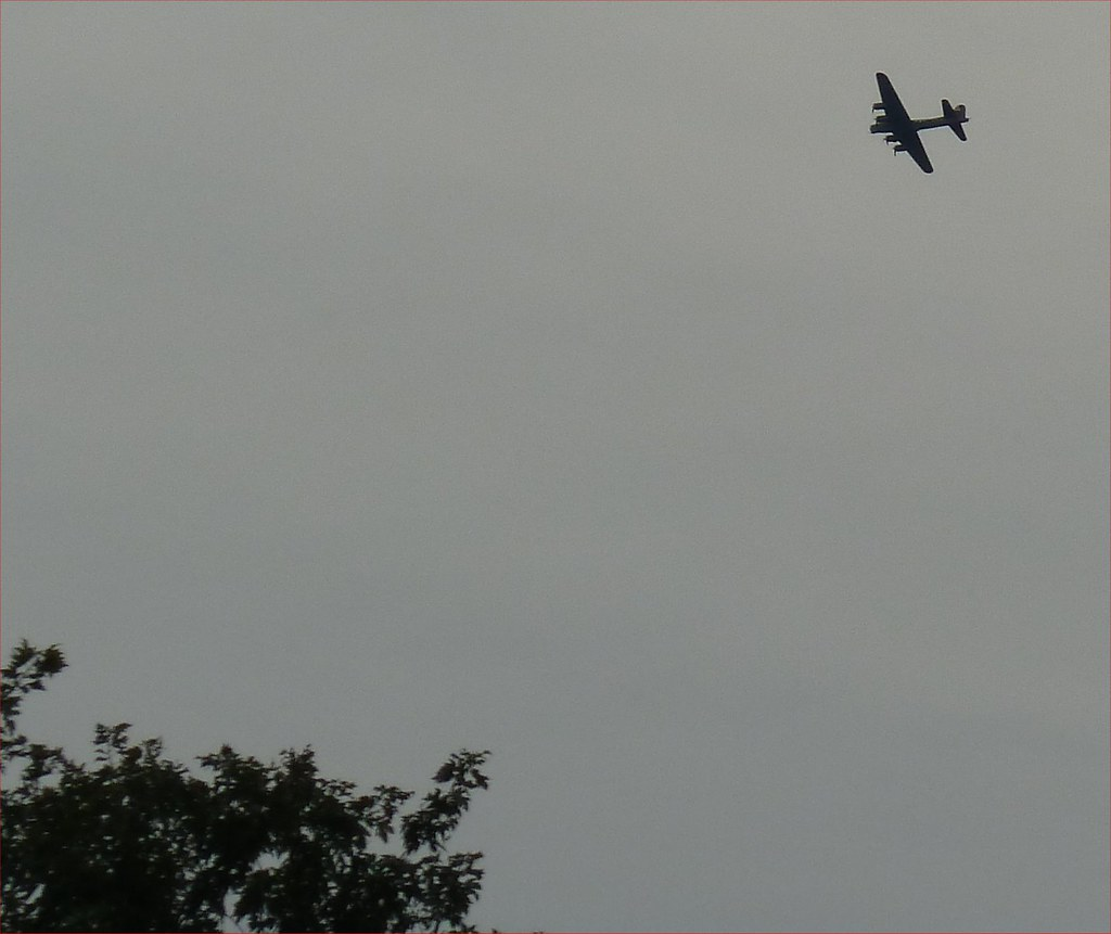 B-17 Overhead