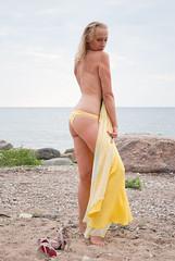 жж DSC_6292 (andrey.salikov) Tags: лето никон видземе взморье summer nikon vidzemeseaside море залив девушка zvejniekciems saulkrastunovads latvia жж beach girl отпуск mares