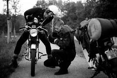 cas en rense (Daan-Muller) Tags: film 35mm honda olympus om1 ss50 ilfordfp4 c50