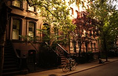 Summer on Perry Street, Greenwich Village, New York City (Vivienne Gucwa) Tags: nyc newyorkcity travel summer urban ny newyork manhattan sexandthecity bicycles sidewalk urbanexploration urbannature gothamist curbed brownstones gawker greenwichvillage urbanphotography newyorkpictures wnyc perrystreet nycphoto cityphoto cityphotography newyorkphoto nycphotography newyorkcityphotography summernewyorkcity viviennegucwa viviennegucwaphotography bestplacesnewyork perrystreetgreenwichvillage summergreenwichvillage sexandthecityexteriorshot sexandthecityperrystreet