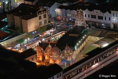 Sri Mariamman Temple. (Reggie Wan) Tags: architecture night temple singapore southeastasia chinatown aerialview hindutemple indiantemple srimariammantemple asiancity reggiewan sonya850 sonyalpha850 gettyimagessingaporeq1