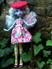 Monster High Afternoon Tea - Abbey (Nataloons) Tags: party paris abbey fashion monster by high doll tea mattel louos souol monsterhigh bominable abbeybominable