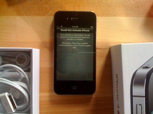 iPhone 4S activation issues