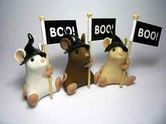 Witchy Mice with Boo! flags (Quernus Crafts) Tags: halloween mouse witchhat flags boo mice witchshats polymerclayquernuscraftscute